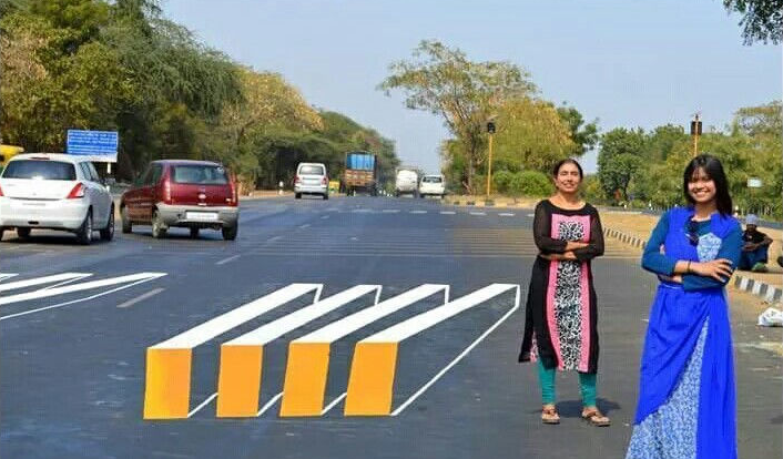 These Two Women Designed A 3D Zebra Crossing In Gujarat And It's One Of AKind!