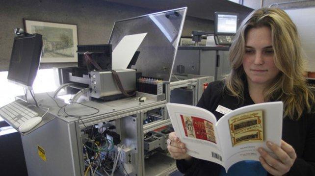 En París abren una librería en la que el cliente imprime el libro quequiere