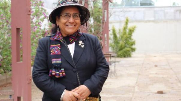 Cusqueña sustentará primer tesis doctoral en quechua enEuropa
